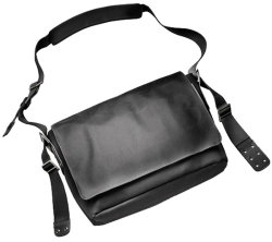 Сумка Brooks Paddington Shoulder Bag Total Black на плече