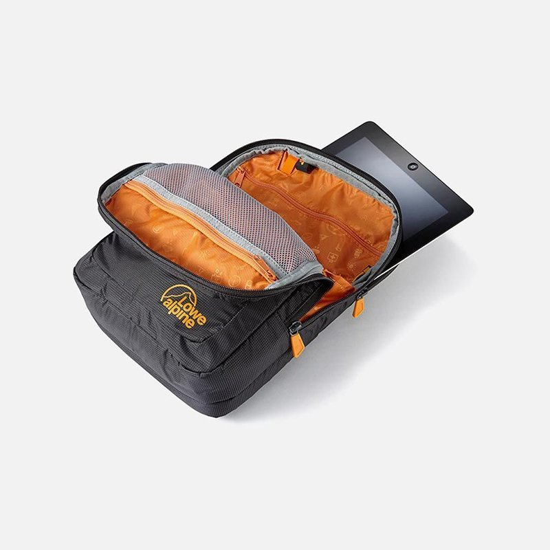 Сумка Lowe Alpine Flight Case Large для документов Anthacite/Amber, L 3 Сумк1а Lowe Alpine Flight Case Large для документов Anthacite/Amber, L LA FAD-98-AN-L