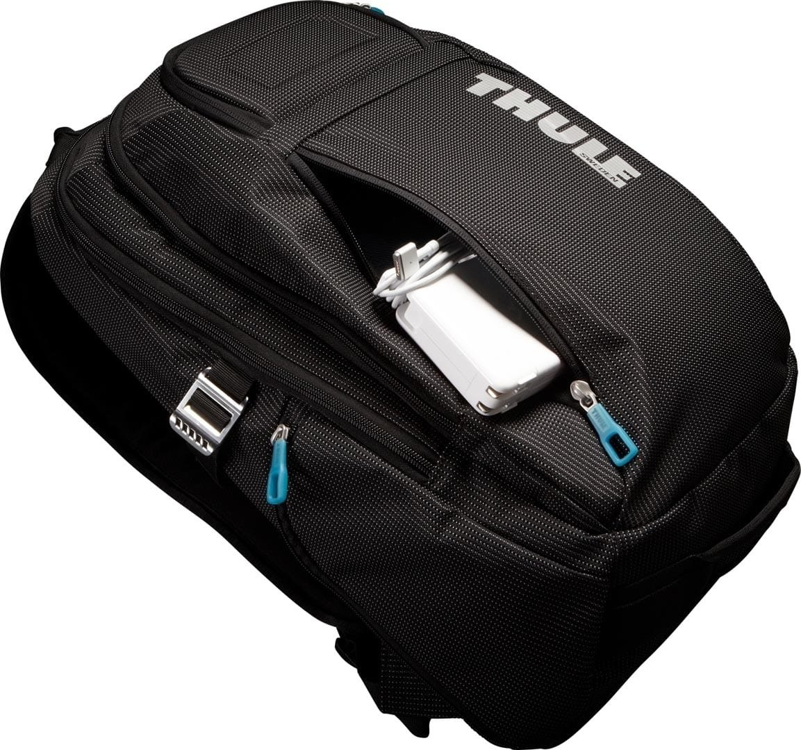 Рюкзак Thule Crossover 21L Black 4 Р2юкзак Thule Crossover 21L Black TH 3201751