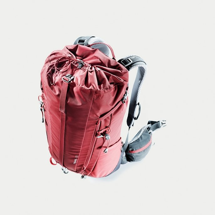 Рюкзак Deuter Trail 30 цвет 5425 cranberry-graphite 4 Рюк1зак Deuter Trail 30 цвет 3235 steel-khaki 3440519 5425