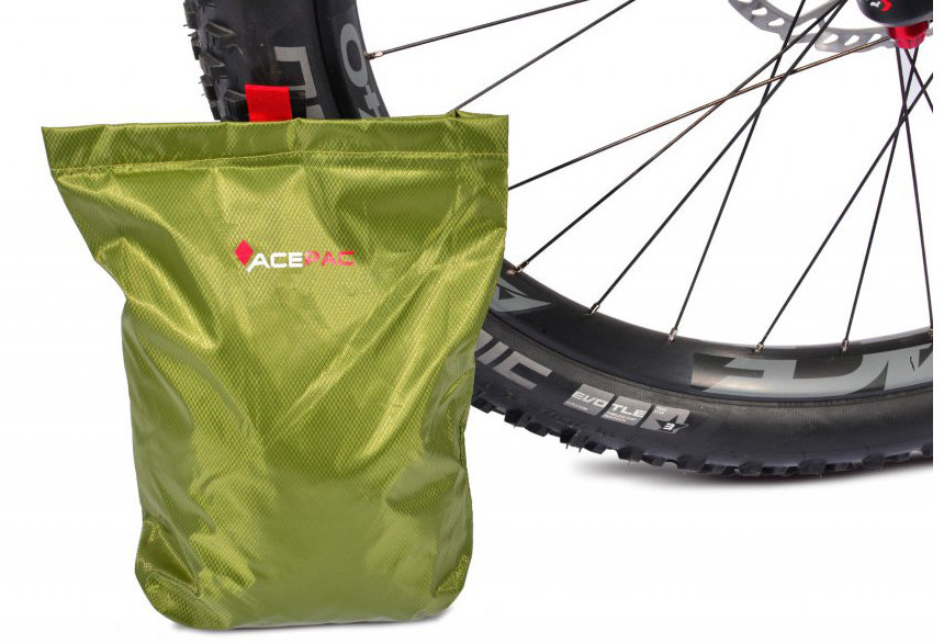 Сумка на раму Ace Pac ROLL FUEL BAG M black 5 ROLL FUEL BAG M black ACPC 1082.BLK
