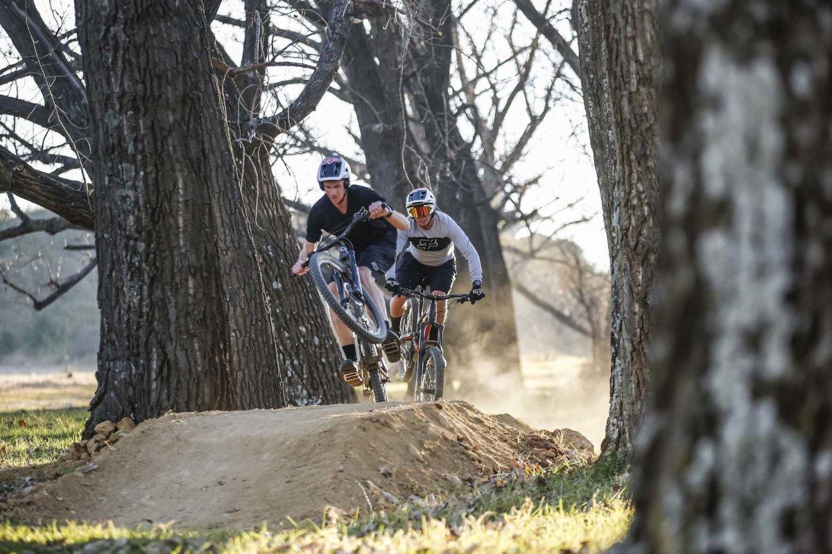 Fox dropframe PRO MIPS Trail MTB Casque Enduro Freeride Day Glo Yellow-Gris-Jaune
