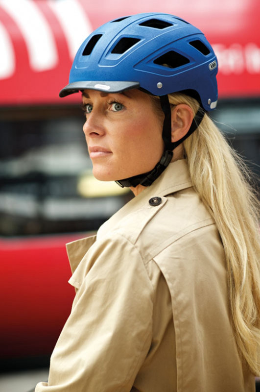 Велосипедный шлем Abus HYBAN marsala red Abus HYBAN girl helmet 124952 826450 124969