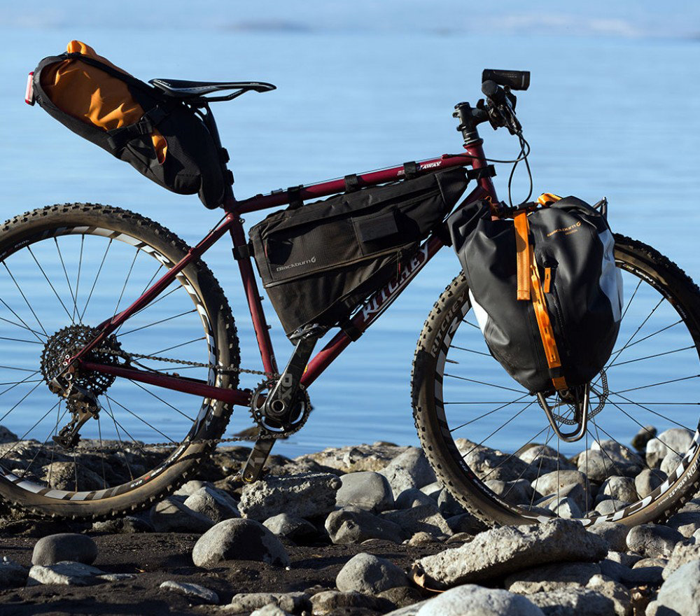 Сумка на раму BlackBurn OUTPOST MEDIUM BlackBurn OUTPOST MEDIUM bike