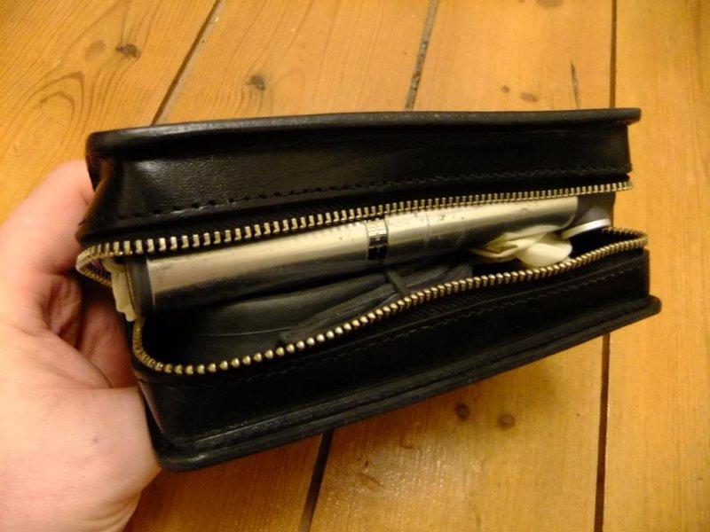 047f7c11b9 Подседельная сумочка Brooks D-SHAPED TOOL BAG honey Brooks D-SHAPED TOOL BAG  open ...